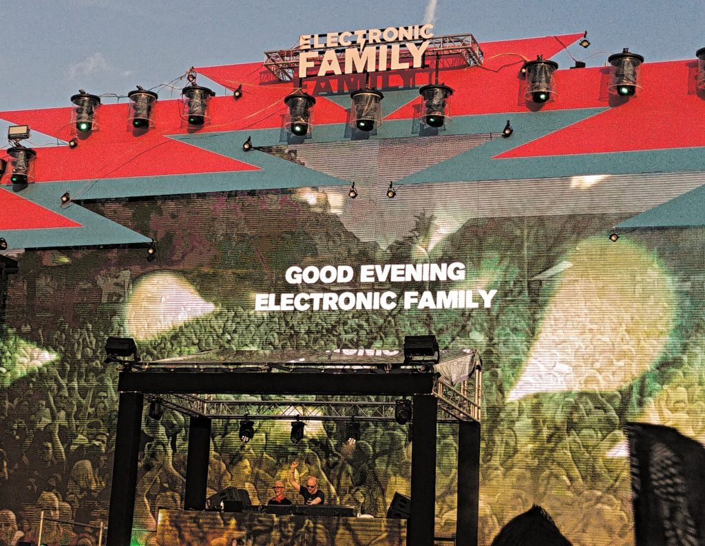 Electronic Family 2019